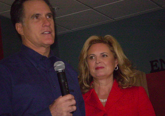 Mitt Continues to Compliment When He Should Draw Contrast