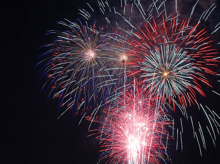 """Christie Legalizes Non-""""Explosive"""" Fireworks in Advance of July 4th"""