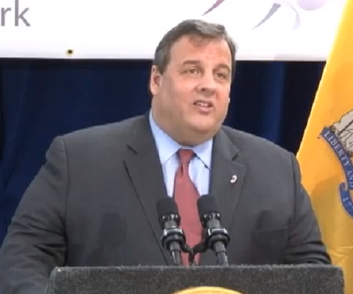 Christie Takes Dig at Obama