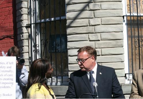 Pro-Booker Hecklers Disrupt Lonegan's Newark Press Conference