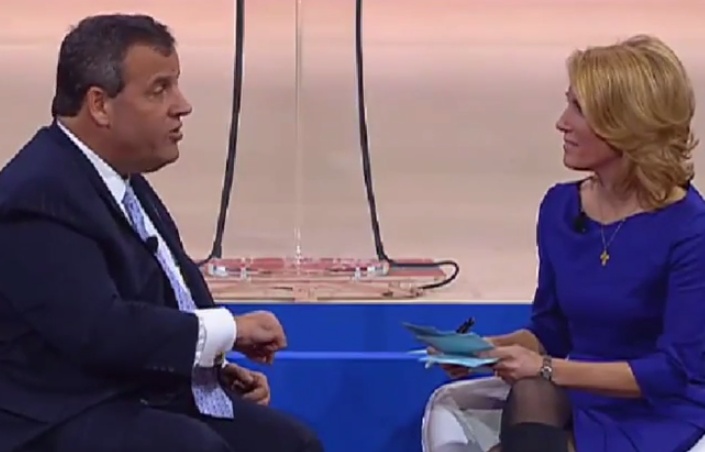 Christie seeks contrast with Walker, Bush at CPAC 2015