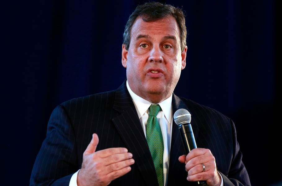 chris christie green tie serious