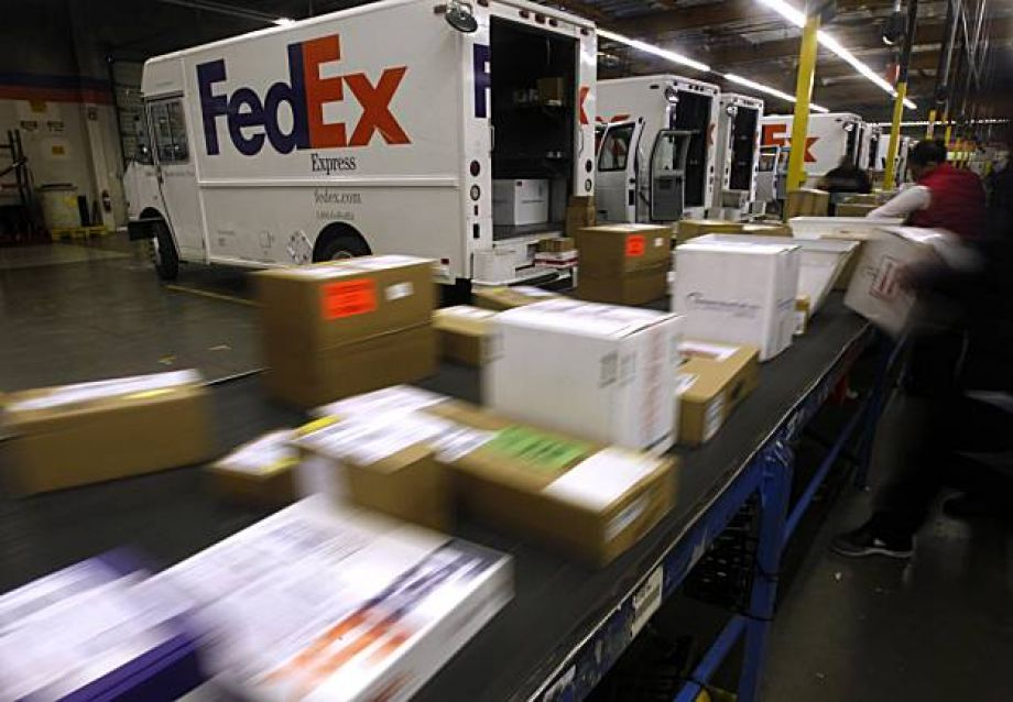 FedEx punches back hard after NYT hit piece