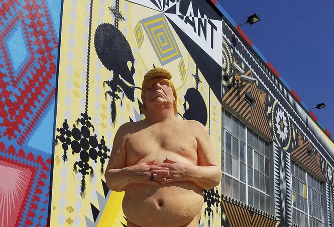 Naked Trump statue to be auctioned off in Jersey City